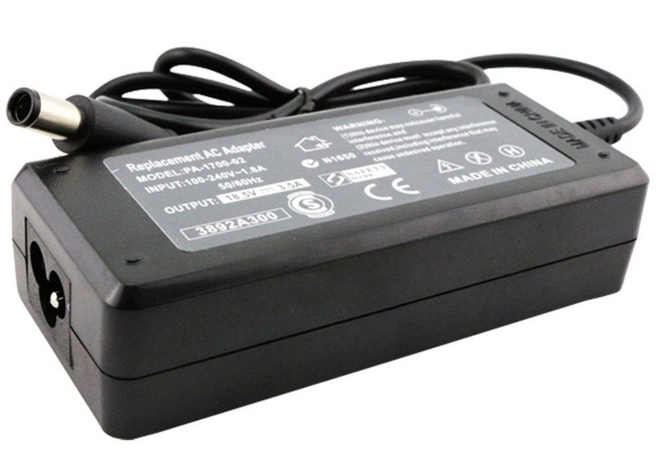 HP 1000-1200 AC Adapter